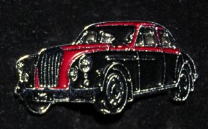 Badge Black and Red Magnette